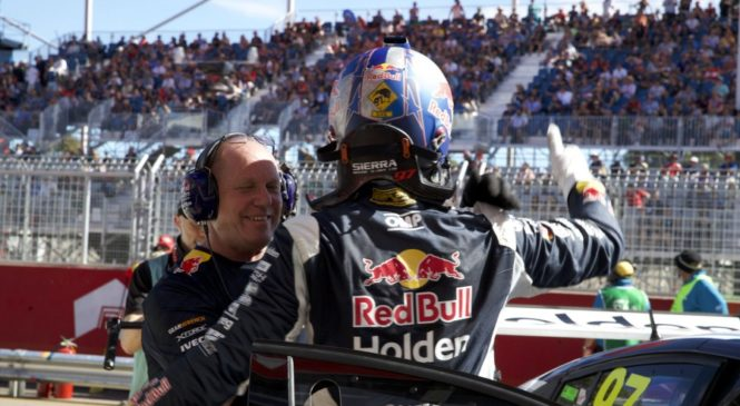 Ван Гисберген на поуле в Аделаиде, Уинкап разбивает машину