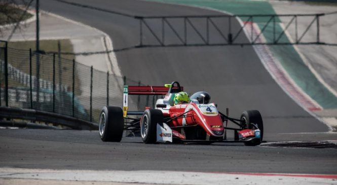 Шумахер стал лучшим на вторых тестах Ф3 подряд, Шварцман закончил день шестым