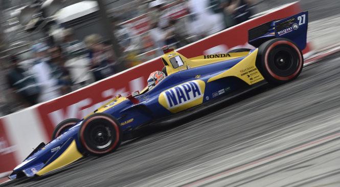 Александер Росси доминирует на Гран-при Лонг-Бич