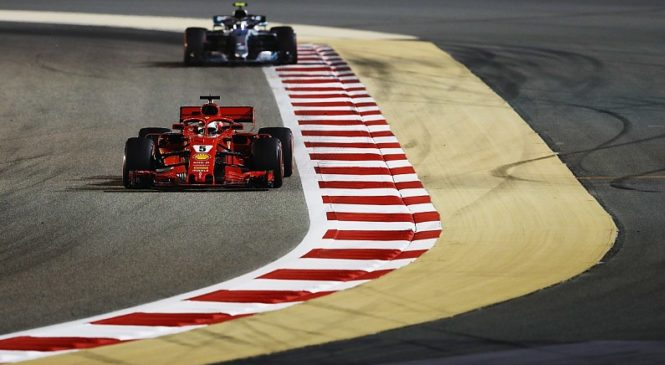 """Феттель выиграл гонку в Бахрейне, а Гасли с двигателем """"Хонда"""" – четвёртый"""
