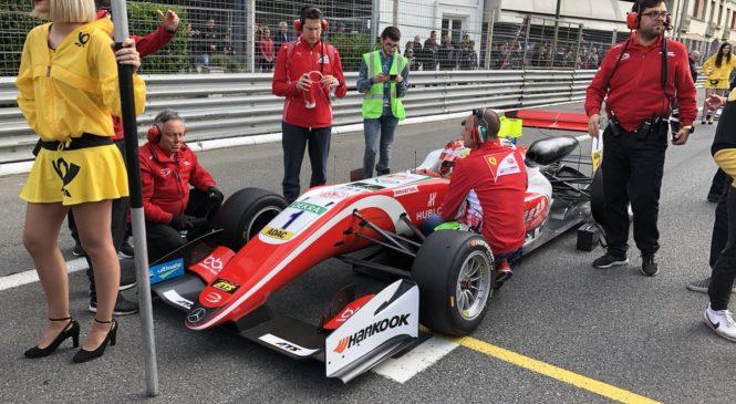Чжоу выиграл первую гонку Ф3 в По, Шварцман восьмой