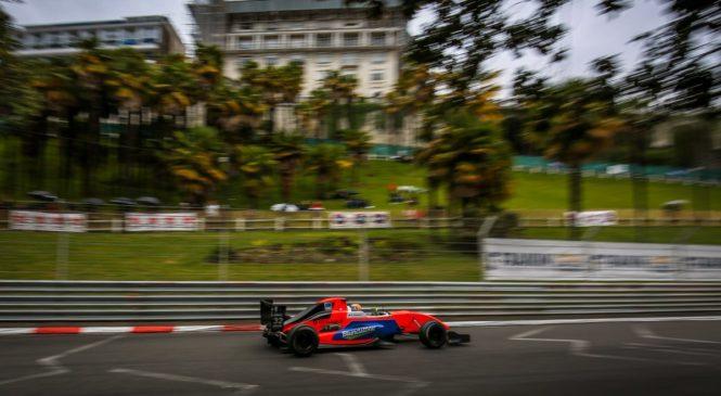 Перони выиграл поул во второй гонке ФР2.0 в По