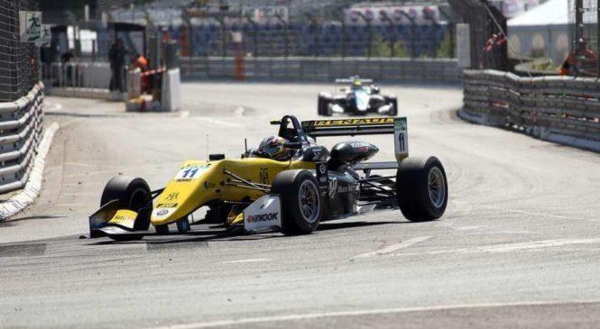 Фенестраз выиграл поул ко второй гонке Ф3 в По, Шварцман стартует 13-м