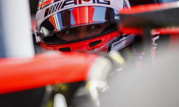 Расселл завоевал первую поул-позицию в «Формуле-2», Маркелов — 7-й