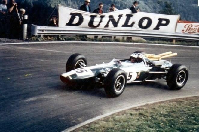 Джим Кларк в горной гонке Сен-Урсан - Ле-Ранье в 1965 году