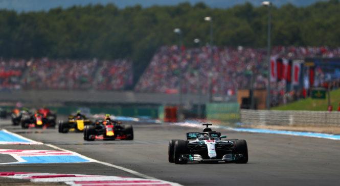 Хэмилтон выиграл гонку во Франции, Сироткин получил штраф