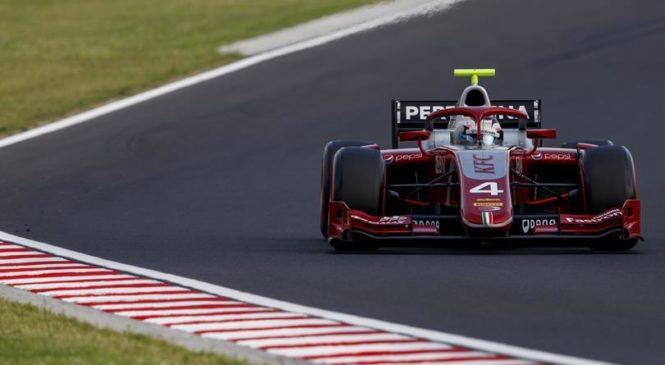 Ник де Врис выиграл  первую гонку «Формулы-2» в Венгрии, Маркелов стартует с поула в воскресенье