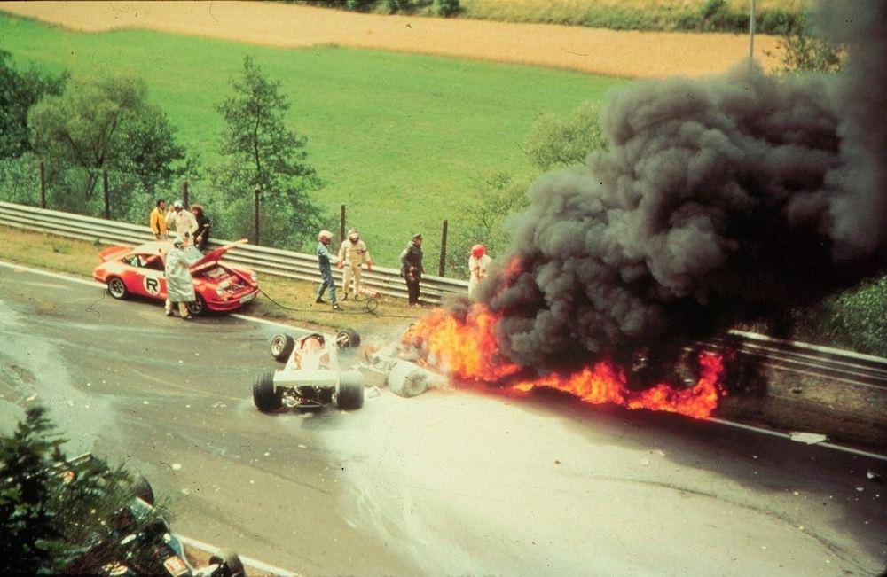Авария Ники Лауды на Нюрбургринге в 1976 году