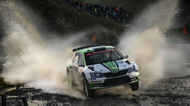 Семнадцатилетний гонщик «Шкоды» Калле Рованперя одержал победу в британском этапе WRC2