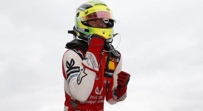 Мик Шумахер стал чемпионом «Формулы-3»!