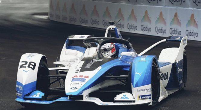 Да Кошта выиграл первую гонку пятого сезона «Формулы-Е»