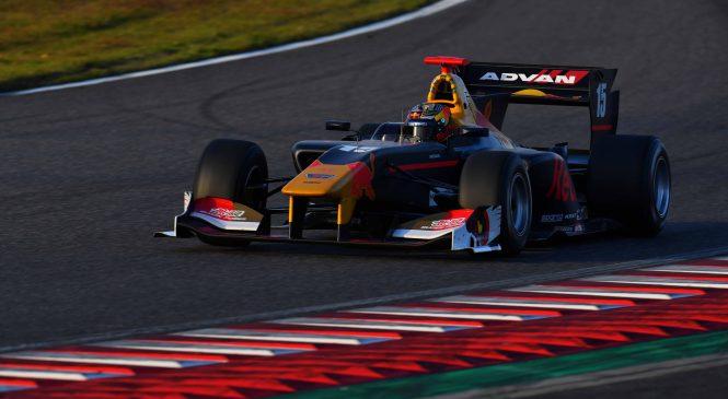 Новички осваиваются с техникой «Супер Формулы»