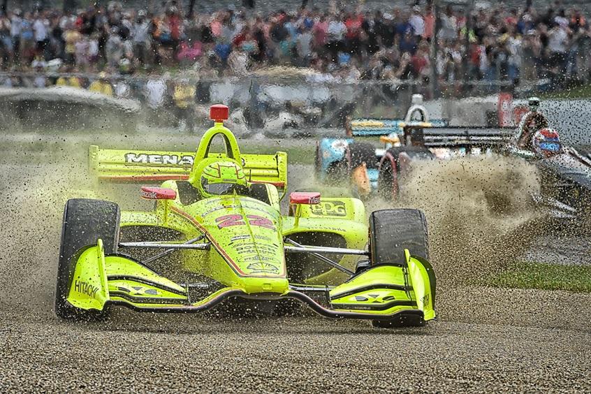 Вылет Симона Пажно во время Гран-при Индианаполиса