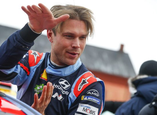 Дани Сордо заменит Андреаса Миккельсена в ралли «Тур де Корс»
