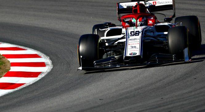 Джовинацци показал лучшее время утренней сессии тестов Ф1 в Барселоне