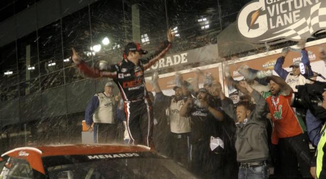 Харрисон Бёртон выиграл гонку серии АРКА в Дейтоне
