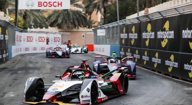 Топ-10 моментов первой трети сезона «Формулы-Е»