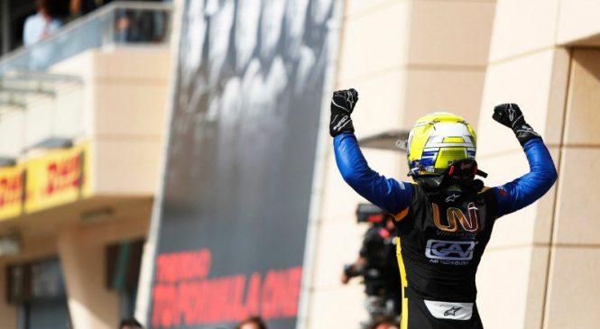 Лука Гьотто выиграл спринтерскую гонку «Формулы-2» в Бахрейне
