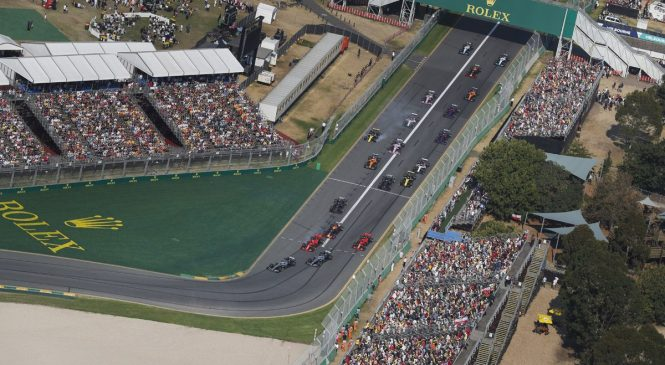 Прошедший Гран-при Австралии посетило наибольшее с 2006 года число зрителей