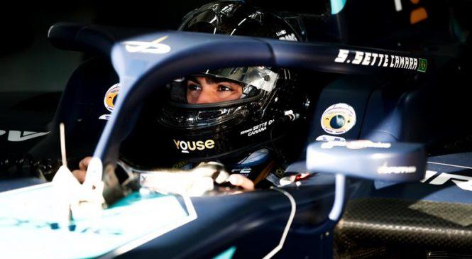 Сержиу Сетте Камара стал лидером тренировки «Формулы-2» в Бахрейне