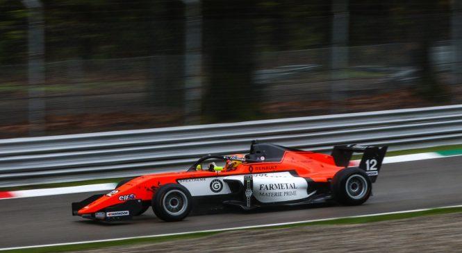 Коломбо взял поул в первой квалификации нового сезона Еврокубка «Формулы Рено», Смоляр — 13-й