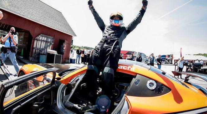 Фасснахт выиграл обе гонки американского ГТ4, Андретти упустил победу из-за прокола