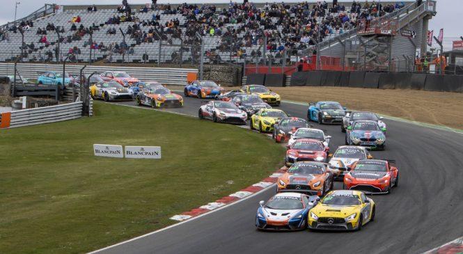 КТМ и «Мерседес-АМГ» обменялись победами в европейской серии ГТ4 в Брэндз-Хэче