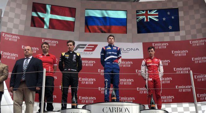 Шварцман выиграл первую гонку Ф3 в Испании после штрафа Лундгора!