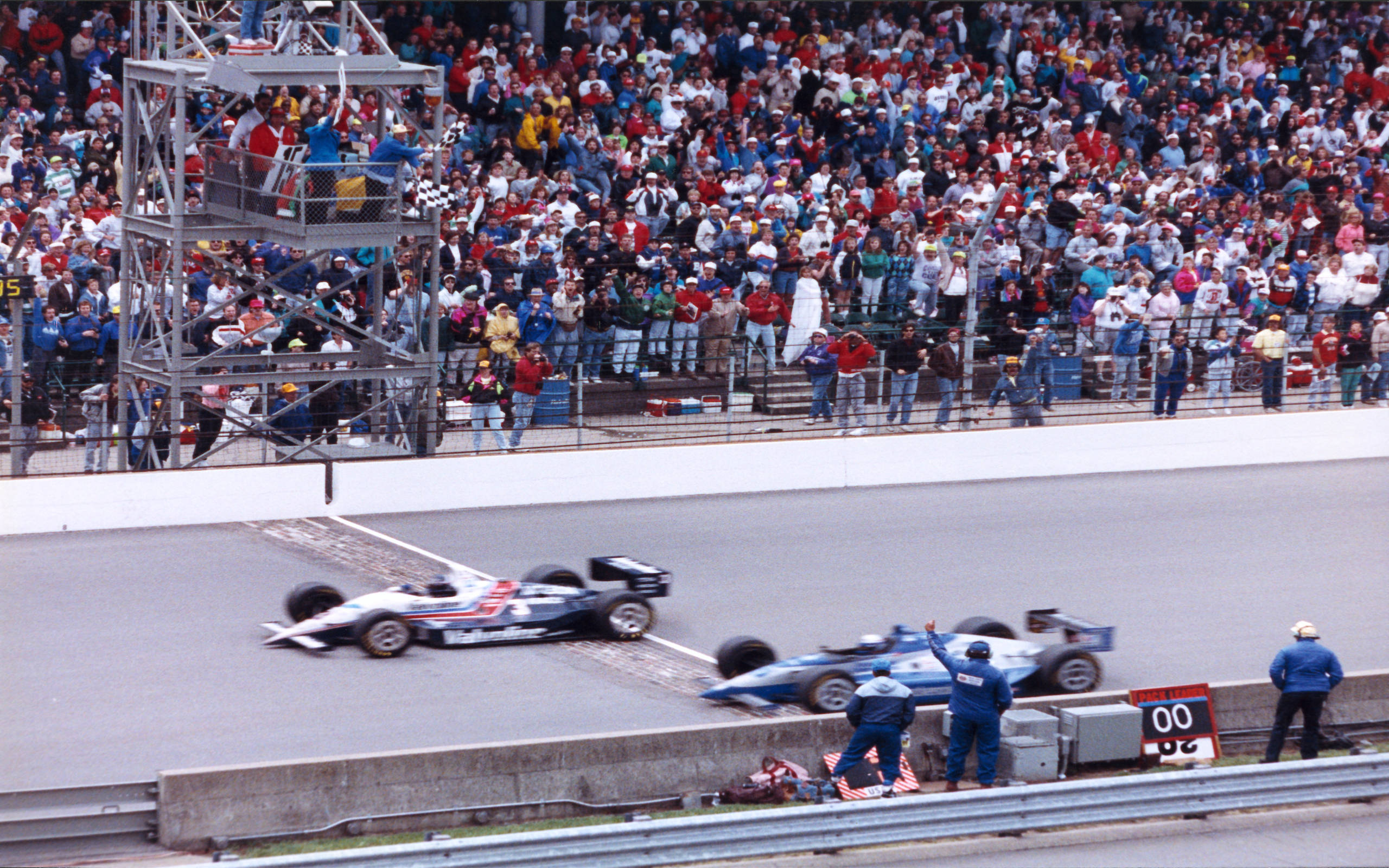 """Финиш """"Инди-500"""" 1992 года"""