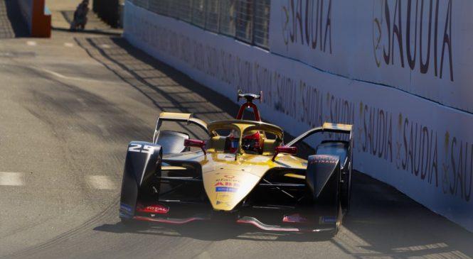 Вернь стал первым двукратным чемпионом «Формулы-Е»