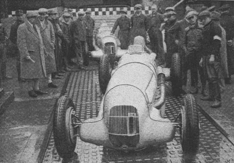 "Взвешивание ""Мерседес"" на Нюрбургринге в 1934 году"