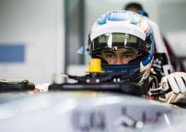 Де Врис принял участие в тестах «Формулы-Е» в составе «Мерседеса»