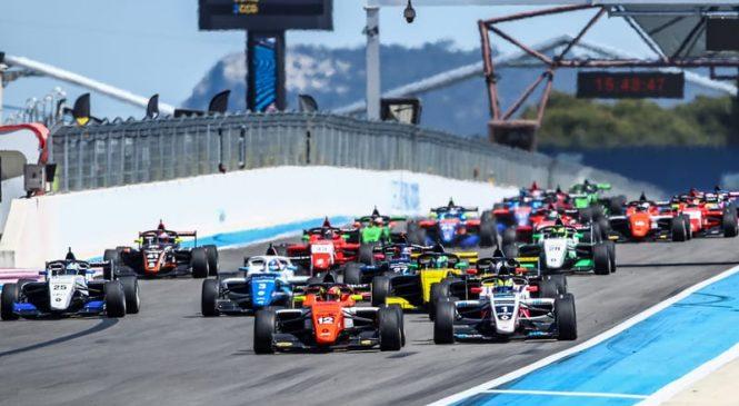 Перед началом второй части сезона или «Р-эйс» против «МП Моторспорт». Обзор первой половины сезона Еврокубка «Формулы Рено»