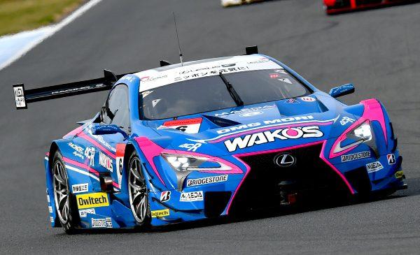 Хиракава и Кессиди выиграли гонку, а Осима и Ямасита — чемпионат. Итоги финала сезона «Супер ГТ»