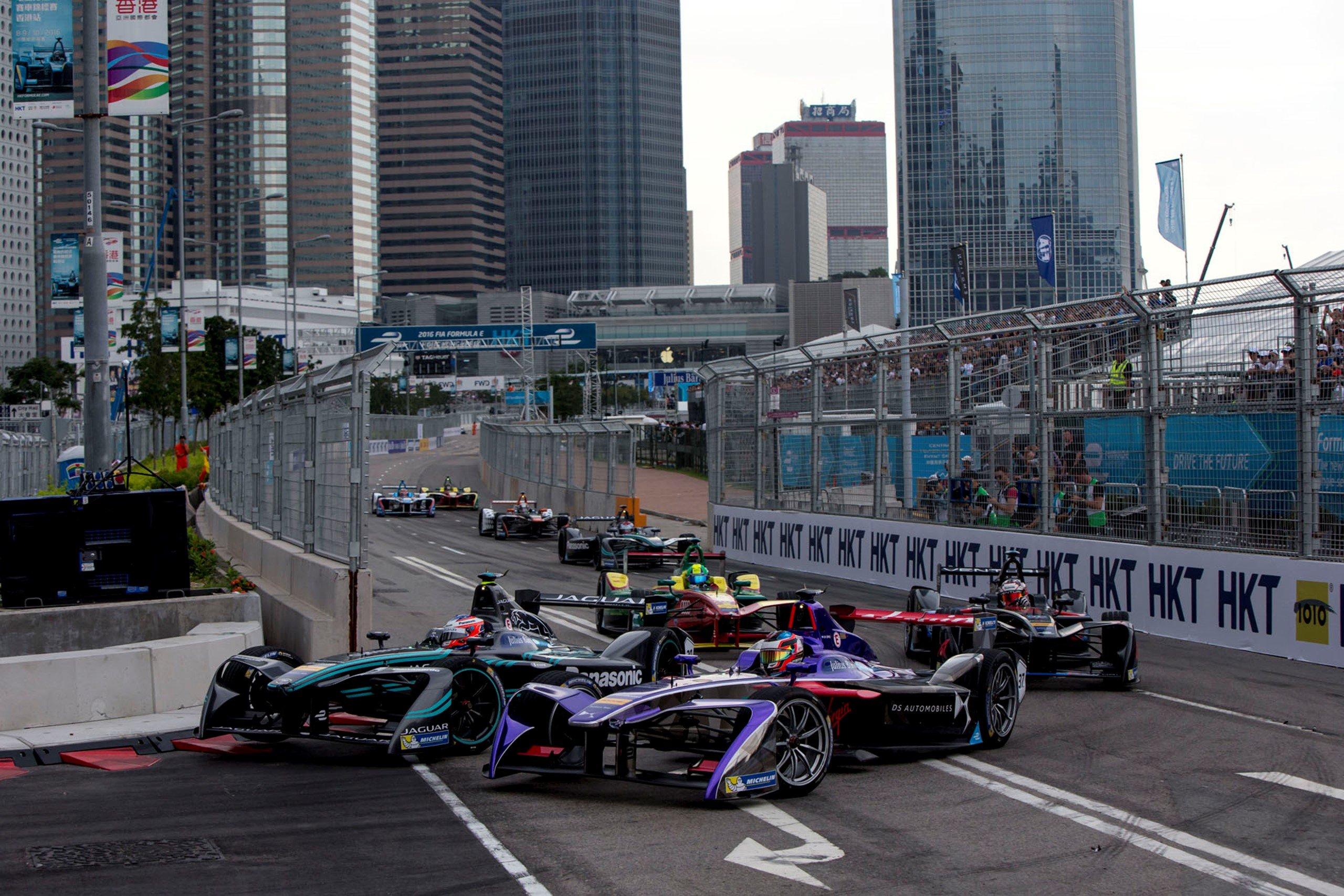 """Хорнер считает, что """"Формула-1"""" должна стать противоположностью """"Формулы-Е"""""""