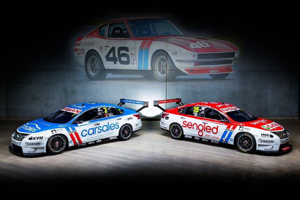 """Автомобили австралийской серии """"Суперкарз"""" облачились в ретро-ливреи перед гонкой в Сандауне"""