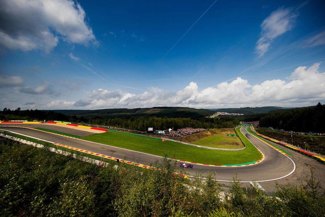 Никогда не было и вот опять. Почему гонки Ф1 не стали интереснее?