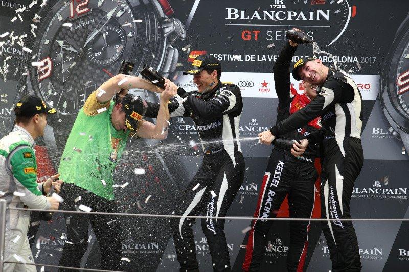 "Финал Blancpain GT, уход ""Кадиллака"" из ГТ и ""Тим Пенске"" в ""Малом Ле-Мане"""
