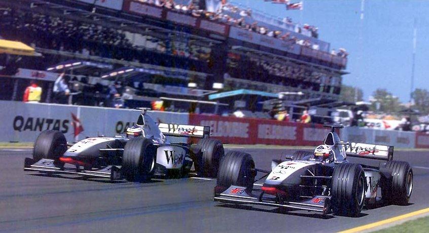 """""""Макларен"""" во время БП Австралии 1998 года"""