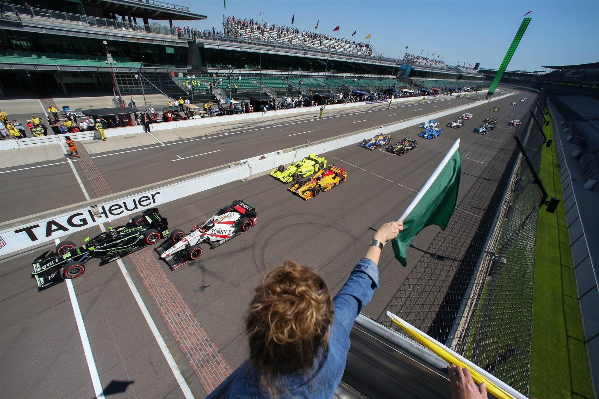 Старт Гран-при Индианаполиса 2017