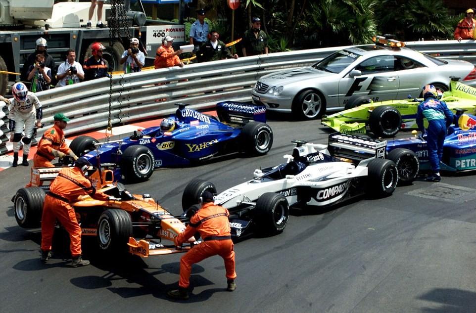 Завал на первом круге БП Монако 2000 года