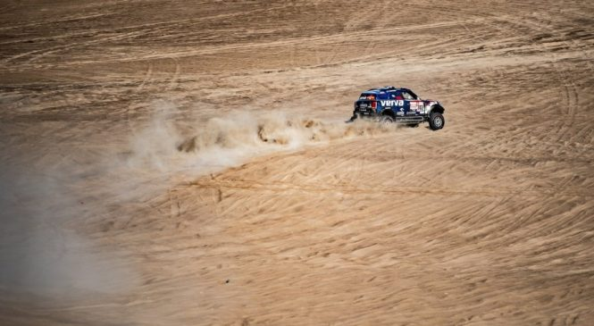 """Директор """"Формулы-Е"""" объявил о создании серии гонок электрических внедорожников"""