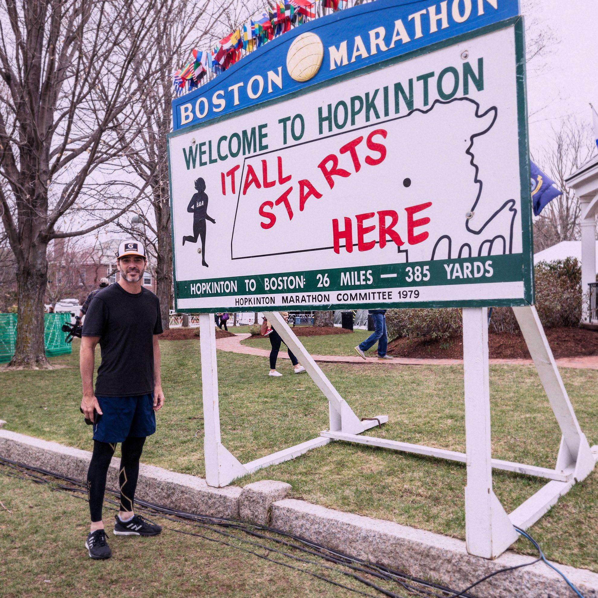 """Джимми Джонсон перед стартом """"Бостонского марафона"""""""