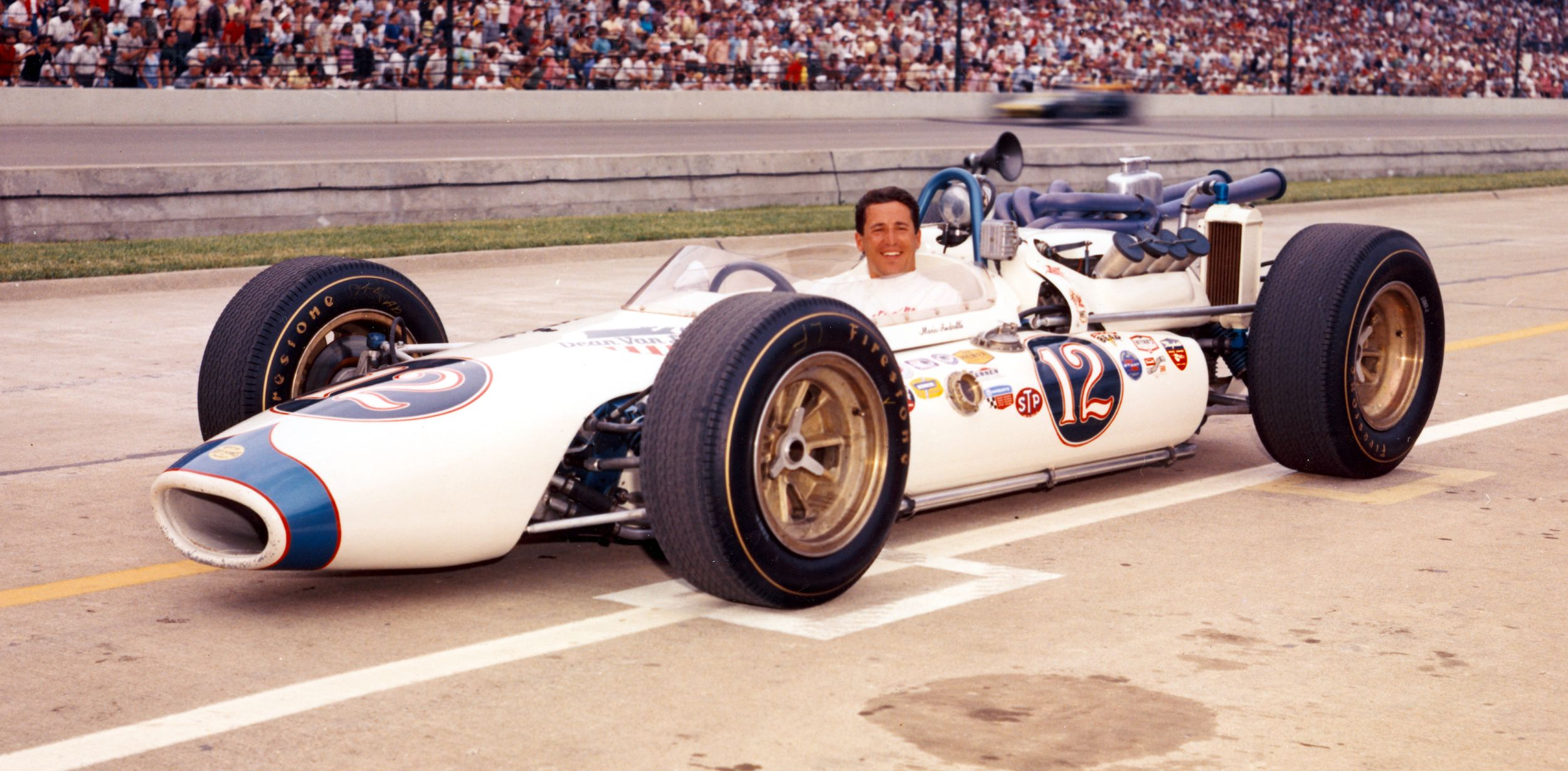 Марио Андретти в Индианаполисе в 1965-м