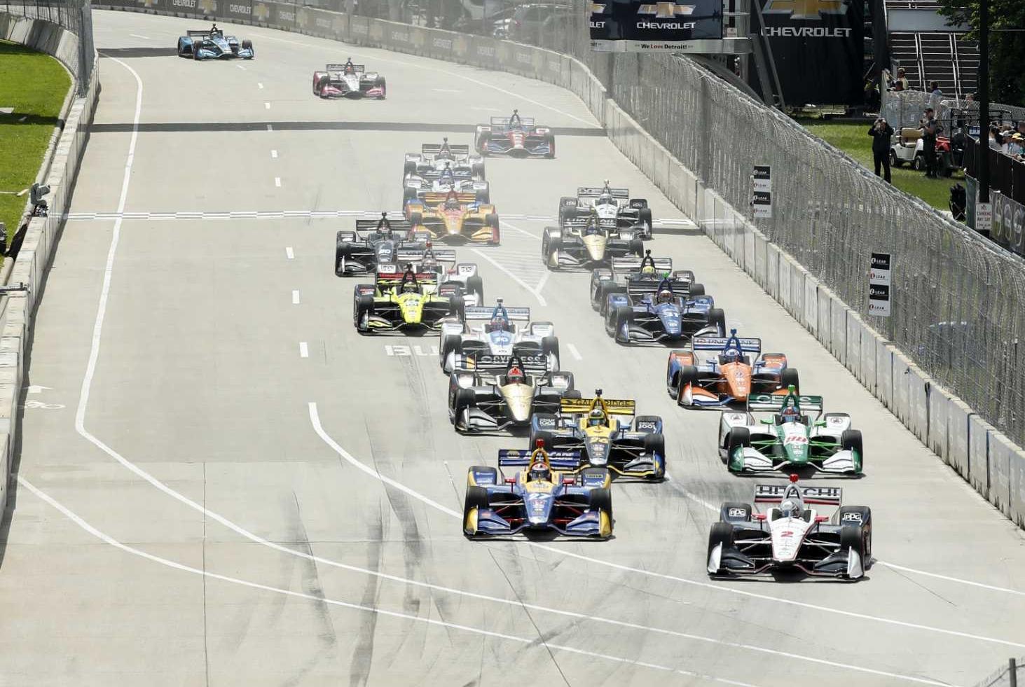 Старт второй гонки Гран-при Детройта