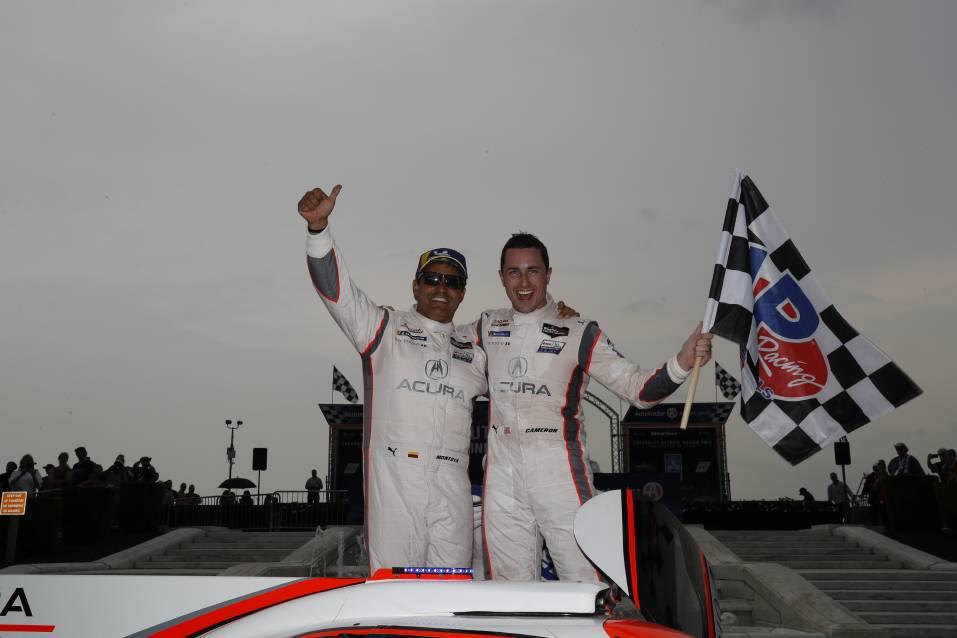 Монтойя и Кэмерон, победители гонки ИМСА в Детройте