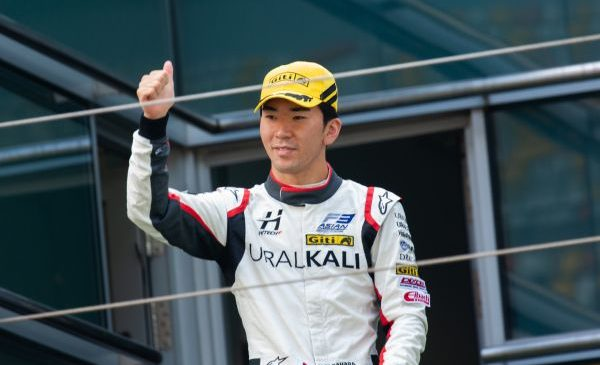 Юкио Сасахара завоевал титул в азиатской Ф3