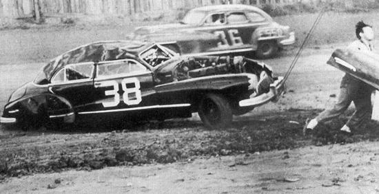 Авария Ли Петти в Шарлотте в 1949 году