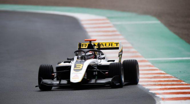Лундгор возглавил протокол первого дня тестов Ф3 в Валенсии, Смоляр третий