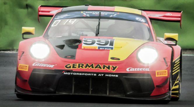 Ренауэр и Гёриг принесли Германии триумф в первой квалификационной гонке Кубка ГТ
